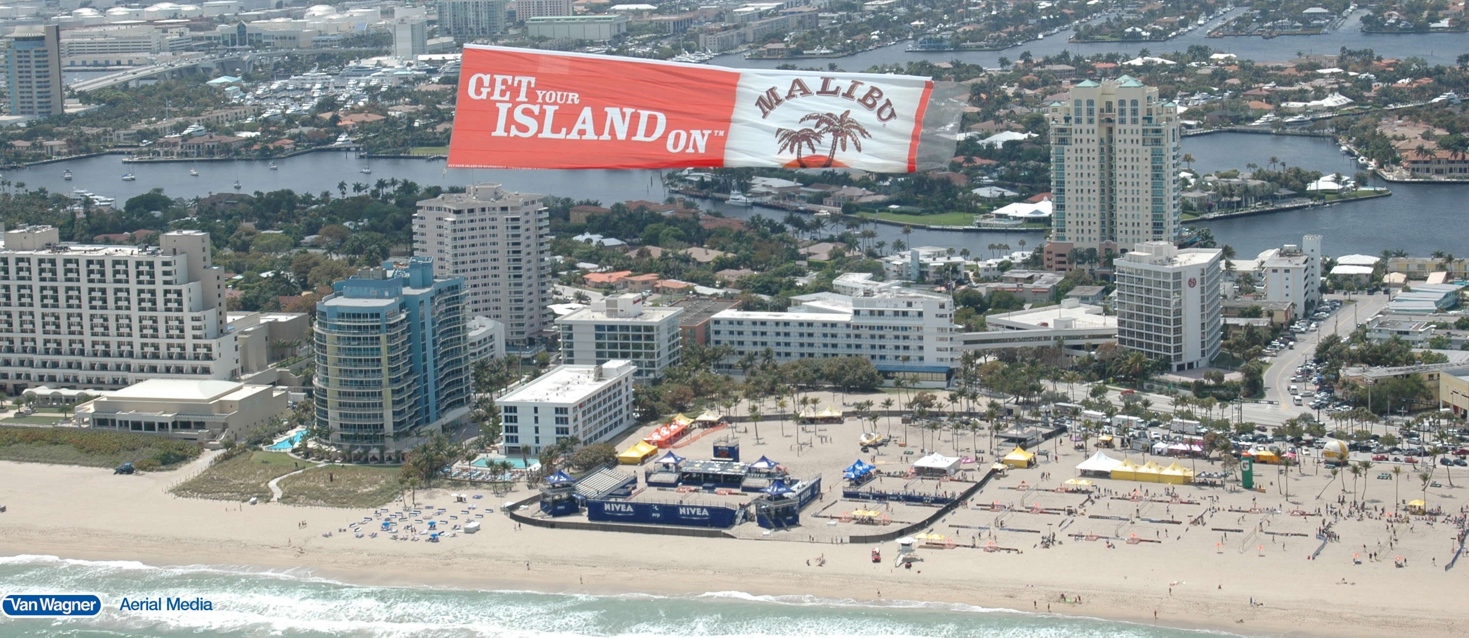 Fort Lauderdale aerial advertising