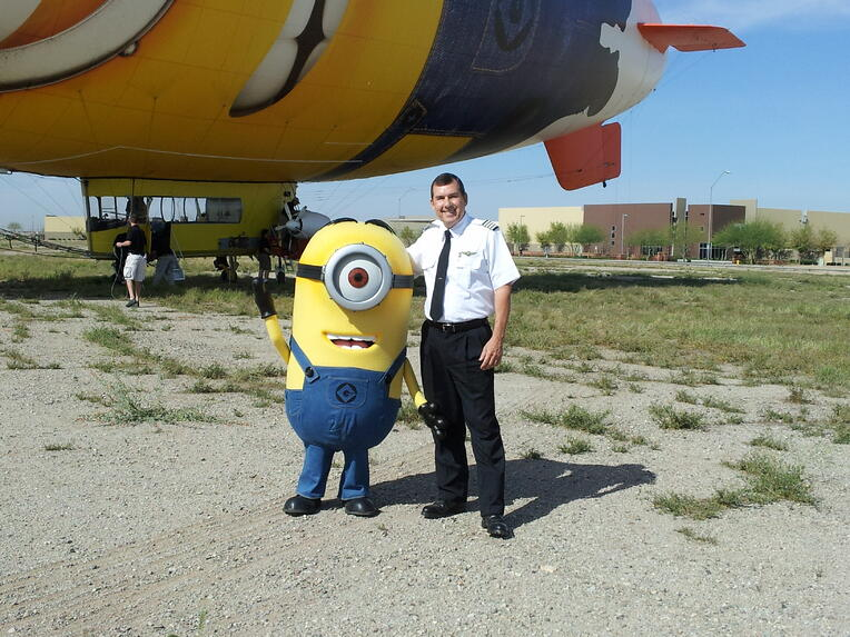 007_Capt._Breeze_meets_Capt._Minion_Stuart_in_Phoenix